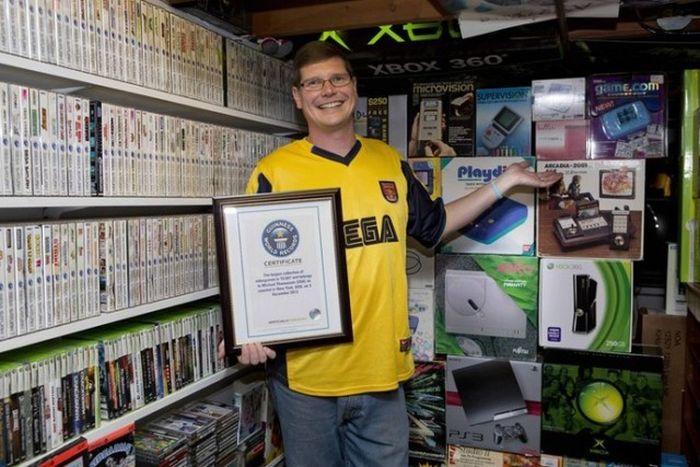 ゲームマニア阿鼻叫喚 総本数約3000作のゲーム部屋をマトめ売る猛者現る!